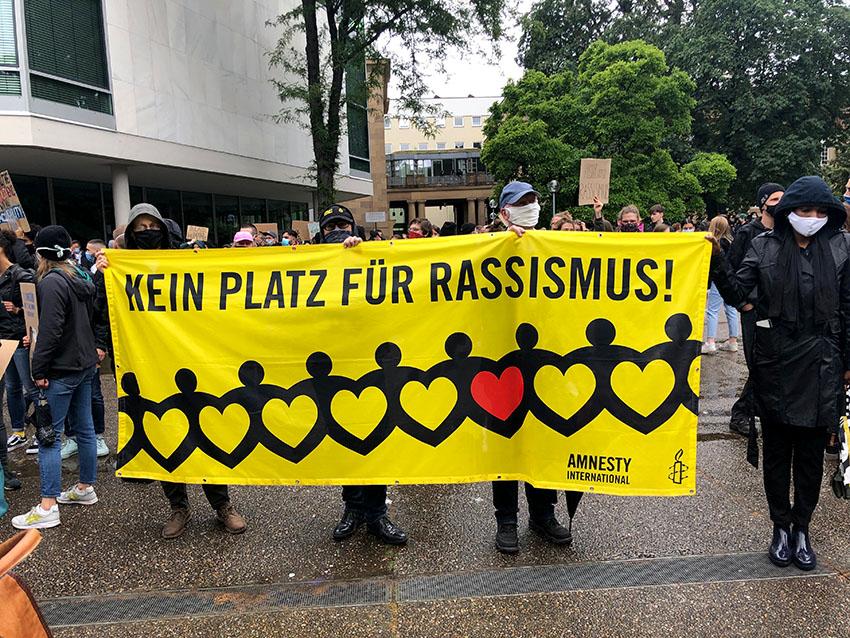 Demo gegen Rassismus in Stuttgart